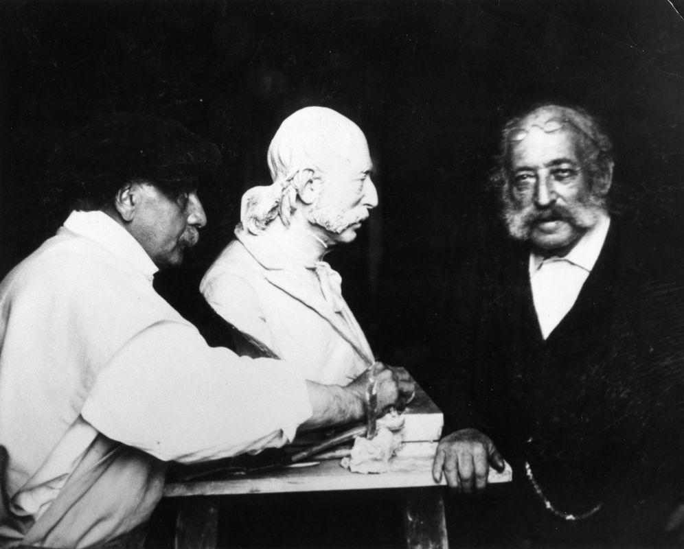 Isaac Mayer Wise, famous Rabbi and founding father of Reform Judaism, posing for a bust. <br><br>Courtesy of The Jacob Rader Marcus Center of the American Jewish Archives, Cincinnati, Ohio.