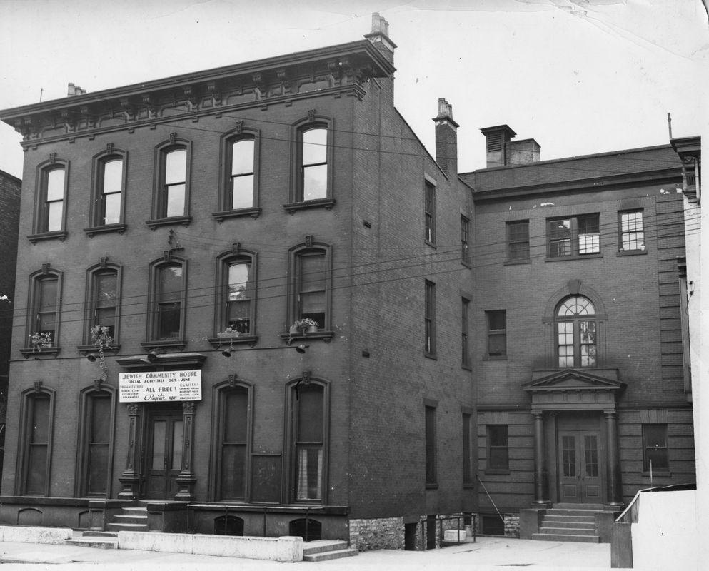 Bureau of Jewish Education Community Center home in West End early part of 1920s. <br><br>Courtesy of The Jacob Rader Marcus Center of the American Jewish Archives, Cincinnati, Ohio.